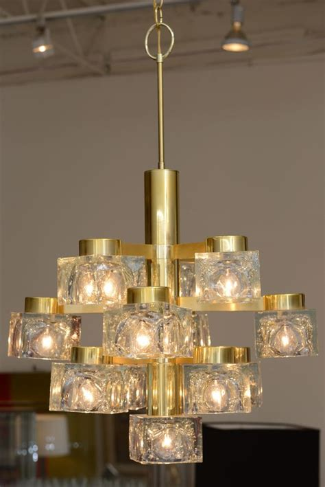 Via Chandelier by Italian Large Gaetano Sciolari Brass And Cube Glass