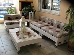 Sofa Aus Paletten Bauen : sofa aus paletten integrieren diy m bel sind praktisch und originell ~ Whattoseeinmadrid.com Haus und Dekorationen