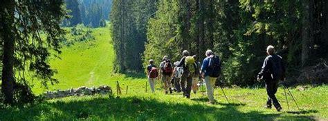 sentiers de randonnée de la station des rousses les