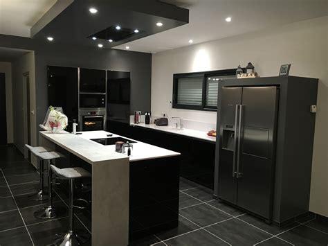 cuisine noir et blanc laqué cuisine et blanche cuisines habitat