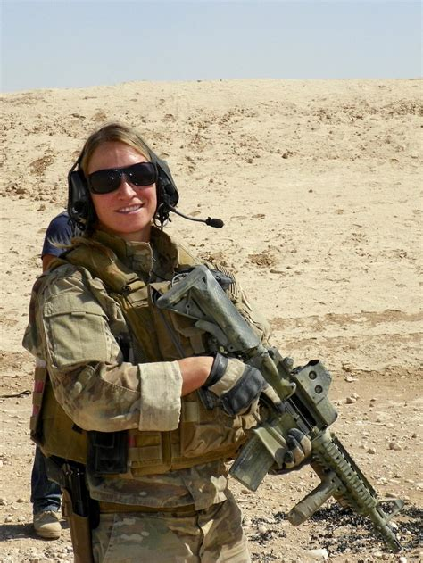 DVIDS - News - Navy EOD technician stays out of her own ...