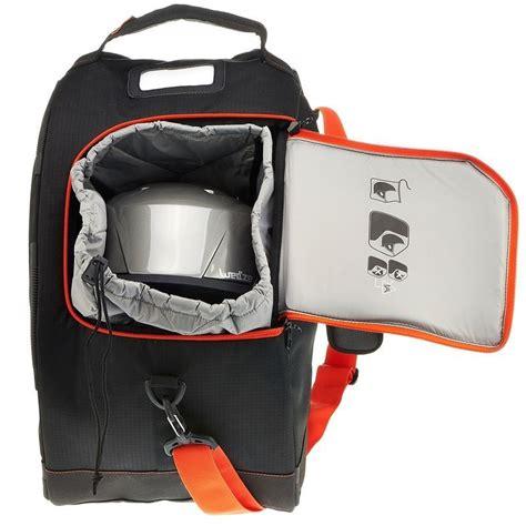 skischuhtasche mit helmfach wintersport skisnowboard equipment wintersport wedze skischuhtasche mit helmfach travel bag