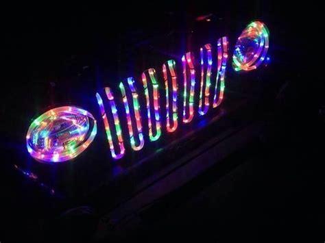 jeep christmas wreath christmas lights jeep wrangler beauty pinterest
