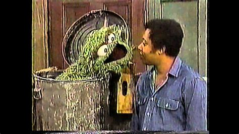 We have zapped a few bugs related to crashing and freezing that should give you a sunnier experience. Classic Sesame Street - Oscar Discusses the Food Groups - YouTube