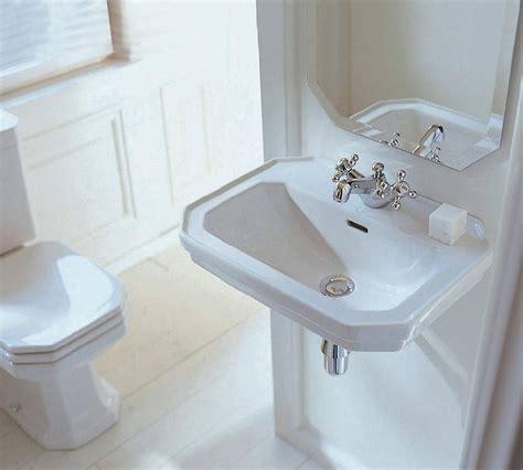 Duravit 1930 Series Washbasin 700mm   0438700000