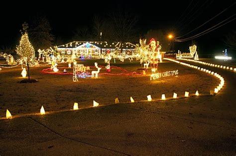 10 amazingly decorated houses in carolina - Benson Christmas Lights