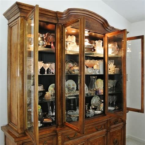 Bernhardt Hibriten China Cabinet by Bernhardt China Cabinet Ebth