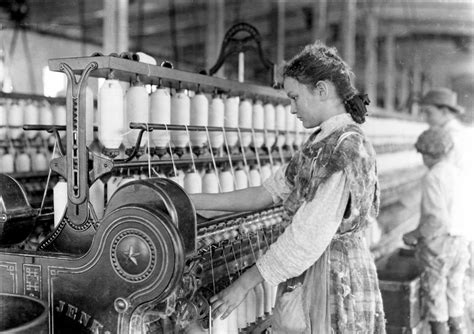 History In Photos Lewis Hine  Mill Workers, Ctd