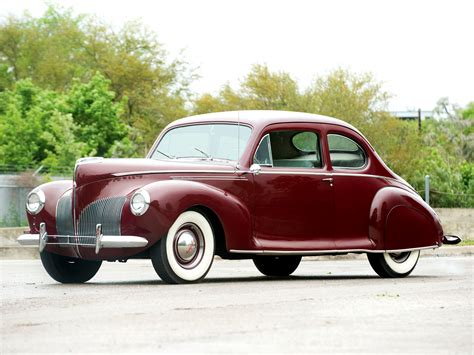 1940 Lincoln Zephyr Club Coupe Retro F Wallpaper