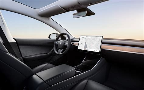 Car Interior Noise Comparison by Look Tesla Model 3 Standard Range Plus Compare