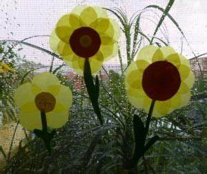 Blumen Basteln Fensterdeko : sonnenblume aus transparentpapier pflanzen basteln meine enkel und ich kindergarten ~ Markanthonyermac.com Haus und Dekorationen