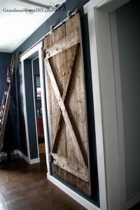 Rustic Hanging DIY Barn Door DIYIdeaCenter com