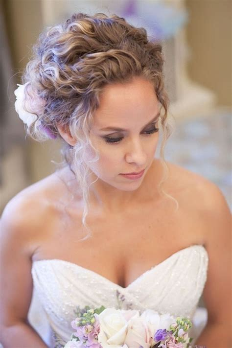 Updo Hairstyles For Curly Hair by Wedding Curly Hairstyles 20 Best Ideas For Stylish Brides