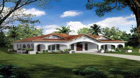 spanish style house plans  courtyard spanish stucco house plans california style home plans