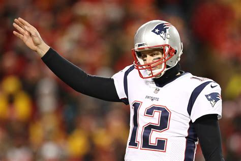 super bowl  betting odds patriots  rams point