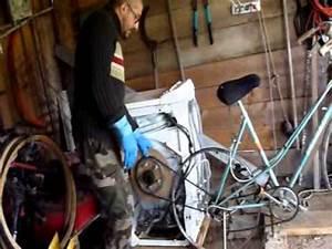 Machine À Laver À Pedale : pr sentation machine laver p dales 1 4 survivalisme cologie youtube ~ Dallasstarsshop.com Idées de Décoration