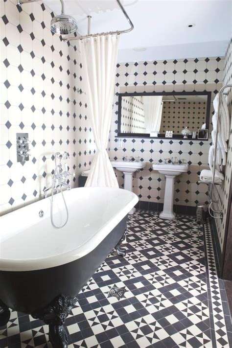 Bathroom Floor Tile Designs by Floor Tiles On Tile And Tile Floor