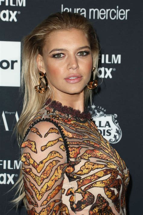 Kelly Rohrbach – Harper's Bazaar ICONS Party in New York ...