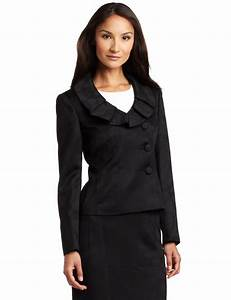 Fashion trends: Business casual dresses for women