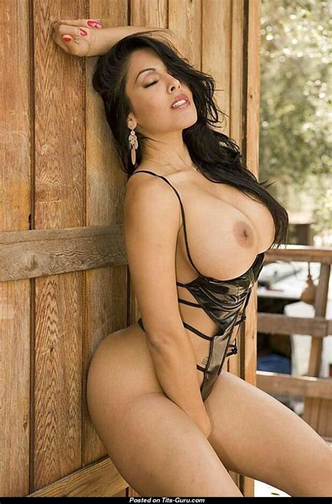 Nina Mercedez Latina Brunette Babe With Open Very Big Breasts Sex Foto [30 03 2018 04 16 36]