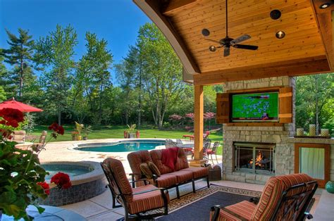 Outdoor Patio Area by How To Create An Entertaining Outdoor