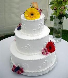 easy wedding cake decorating ideas wedding and bridal With simple wedding cake ideas