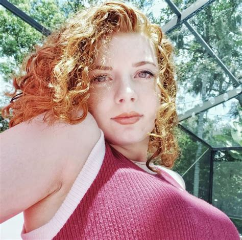 Pin By Rwh On Redheads In 2020 Pretty Blonde Girls