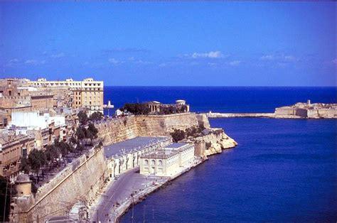 hotels  malta island  rates reviews