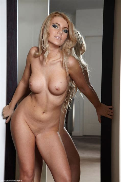 Milf Blonde Thumb Page
