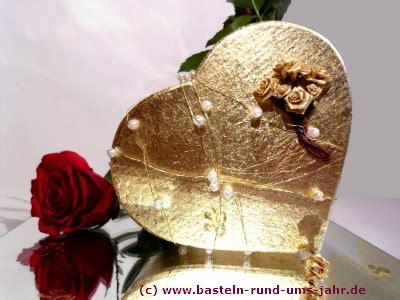 bastelideen goldene hochzeit basteln rund ums jahr der hochzeitstag und seine bedeutung