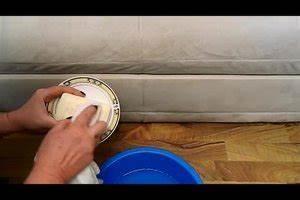 Sofa Reinigen Dampfreiniger : video couch reinigen so wird ihr sofa aus mikrofaser sauber ~ Sanjose-hotels-ca.com Haus und Dekorationen