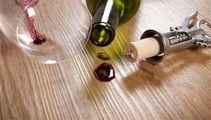 Teppichboden Entfernen Tipps : rotweinflecken entfernen 8 tipps tricks ~ Lizthompson.info Haus und Dekorationen