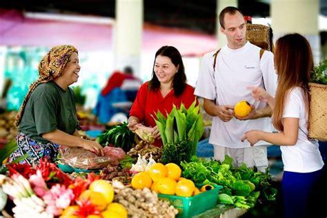 location bureau tours pasar raya central market miri visit sarawak