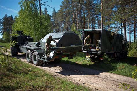 archer  propelled artillery gun  resupply vehicle