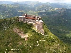 La Citadelle St Fons : zoom sur haiti la citadelle la ferri re de milot une ~ Premium-room.com Idées de Décoration