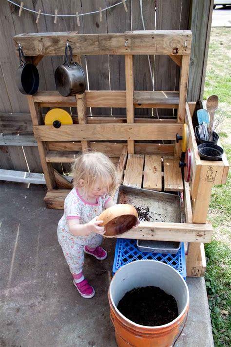 fabriquer une cuisine en bois fabriquer une cuisine en bois pour enfant myqto com