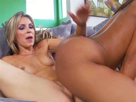 American Lesbian Nuda Nude Gallery