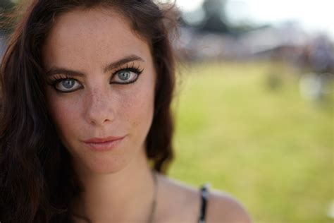 kaya scodelario wallpapers images  pictures backgrounds