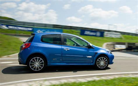 Upcoming Hatches by A Legjobb Hatch Renault Clio Rs Gordini Teszt