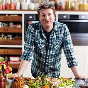 British Chef Jamie Oliver closes 22 restaurants in the UK ...  Jamie