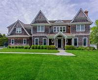 shingle style homes Traditional Shingle Style Home in Bridgehampton, NY ...