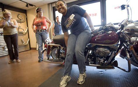 harley woos female bikers  york times