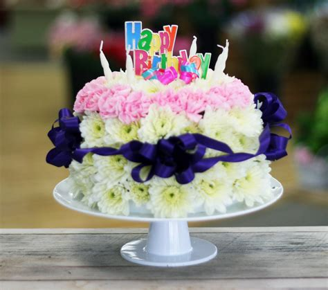 flower birthday cake 35 awesome birthday flowers and cake images collections