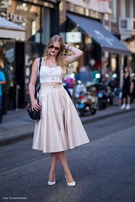 Full-Skirts-Street-Style