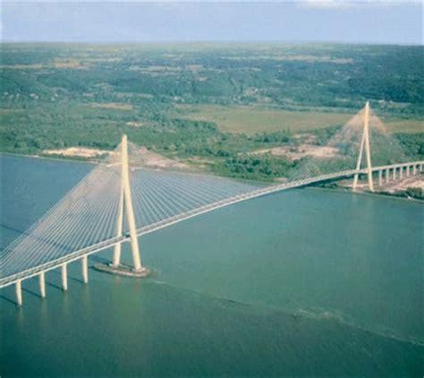 file 1200 pieds sur le pont de normandie jpg wikimedia commons