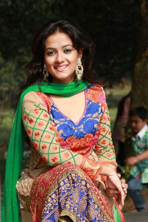 anny khan bangladeshi model biography