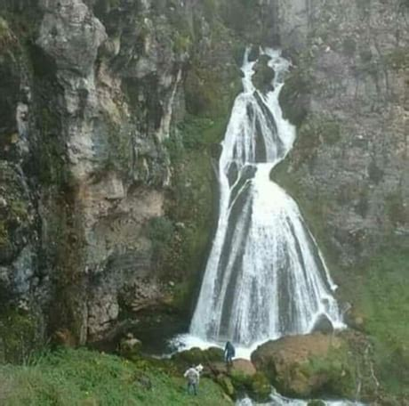 waterfall    woman   dress randomoverload