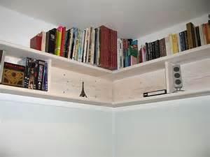 DIY Corner Bookshelves Wall