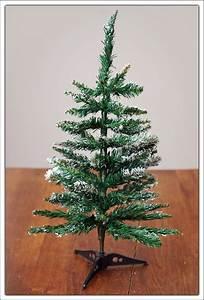 Künstlicher Weihnachtsbaum Klein : mini weihnachtsbaum 60cm 3 farben kleiner tannenbaum christbaum k nstlich ebay ~ Eleganceandgraceweddings.com Haus und Dekorationen