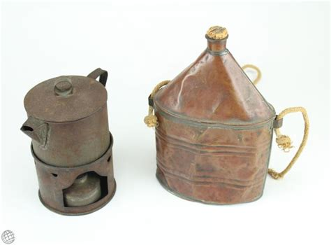 sold price pcs civil war period soldiers camp cooking wares tin plate tin army cups stirrup